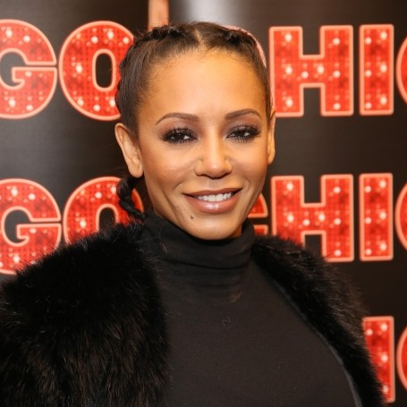 Mel B snuck a rendition of Wannabe into her final Chicago performance