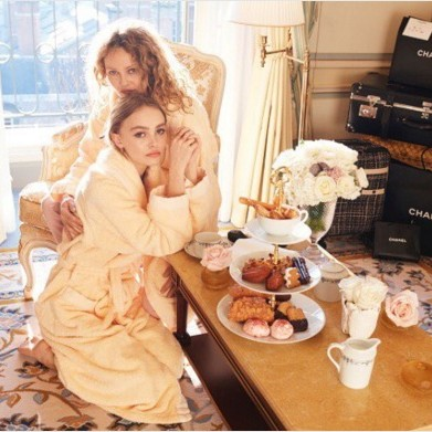 Lily-Rose Depp and Vanessa Paradis pose together to benefit planned parenthood