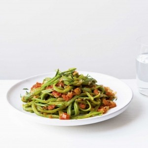 Shredded runner beans with tomato sauce