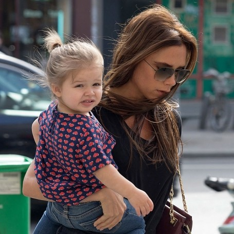 Victoria Beckham would prefer her daughter to grow up make-up free