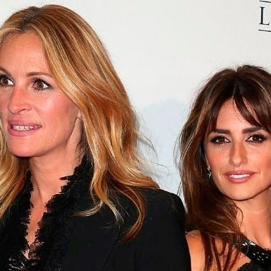 Penelope Cruz Recreates My Best Friend's Wedding Sing-along Scene With Julia Roberts