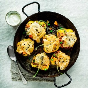 Roasted yellow pepper lamb samosa pots with garlic yoghurt