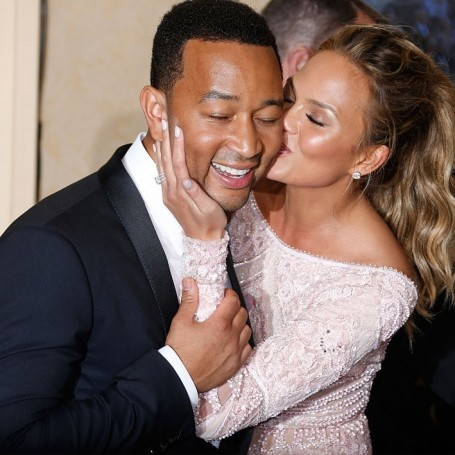 Chrissy Teigen reveals the adorable thing John Legend does when he drinks