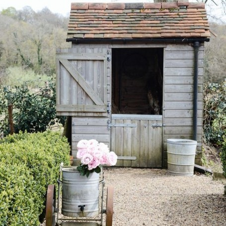 What's the difference between a shed and a shepherd's hut?