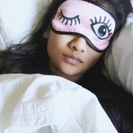 Sleeping in on weekends could have a surprising health benefit