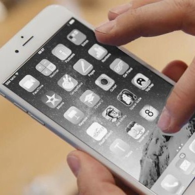 Switching to greyscale is the perfect iPhone hack to combat distraction