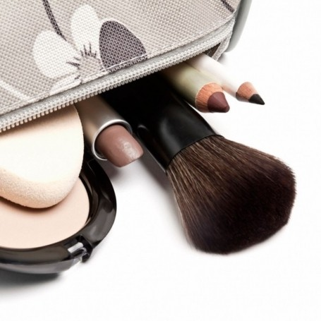 The Marie Kondo guide to organising your makeup bag