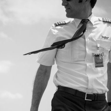 The secret way pilots who hate each other avoid working together