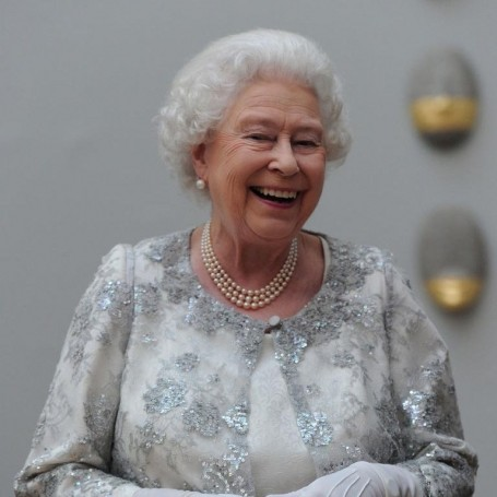 10 places the Queen does her shopping