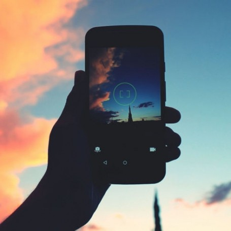 The photos you post on social media can reveal a lot about your mental health