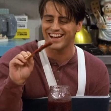 Matt LeBlanc reveals why Joey wore a sling in that Friends episode