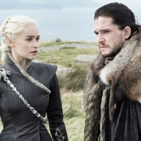 The 'Game of Thrones' creators want you to feel the chemistry between Jon Snow & Daenerys