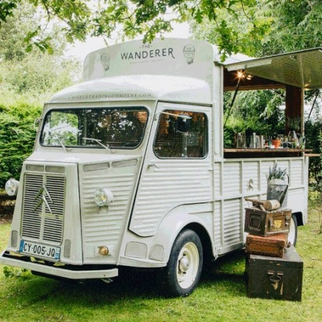This mobile gin bar will deliver cocktails to your front door