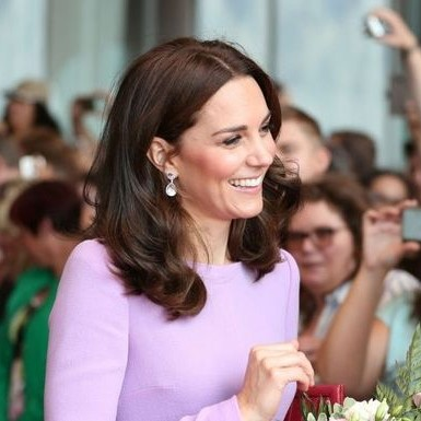 Why Kate Middleton doesn't sign autographs