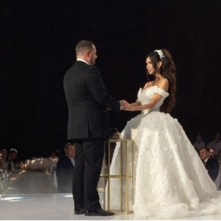 This is what a wedding looks like when you propose with a $10million ring