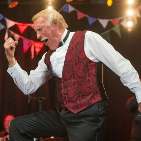 Sir Bruce Forsyth, TV's great entertainer, dies aged 89