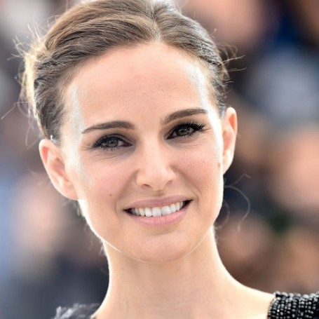 Natalie Portman uses an £8 make-up remover that's sold every five seconds