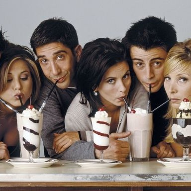 26 things that would be different if Friends was set in the UK