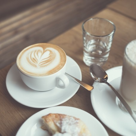 7 steps to having a healthier relationship with coffee