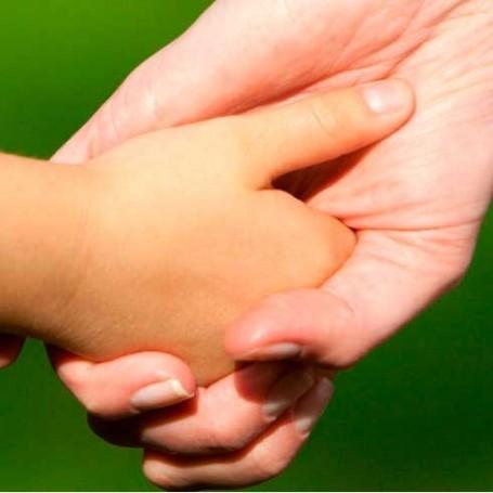 Mum's 'hug button' to help son through first day of school is genius