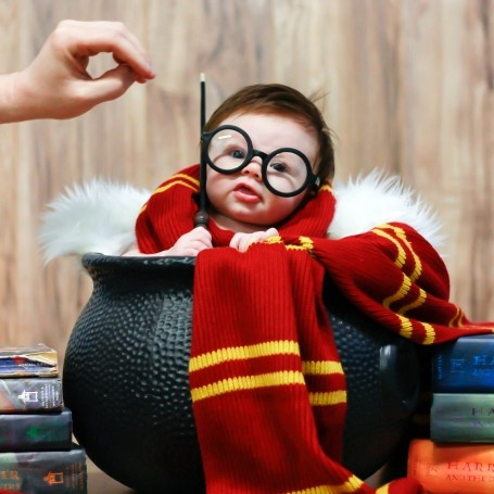 Asda is selling a Harry Potter baby onesie