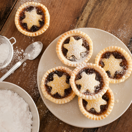 Aldi is launching gin-flavoured mince pies for Christmas