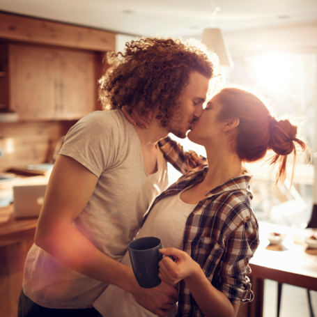 This is the real reason why people like to kiss with tongues