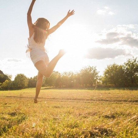 This ritual will make you happier in just 20 minutes, according to a life coach