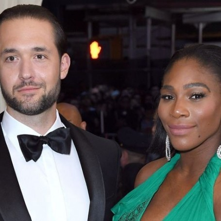 Serena Williams just shared new wedding photos starring her adorable daughter