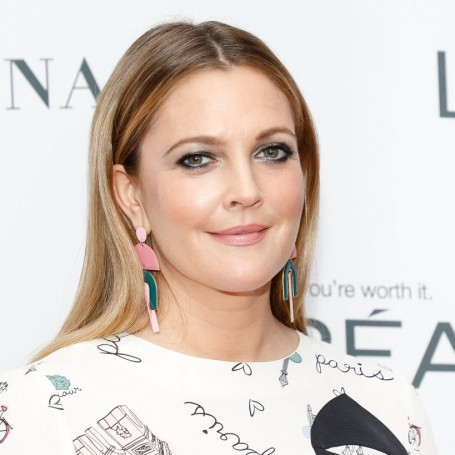 Drew Barrymore's easy 10 minute morning beauty routine