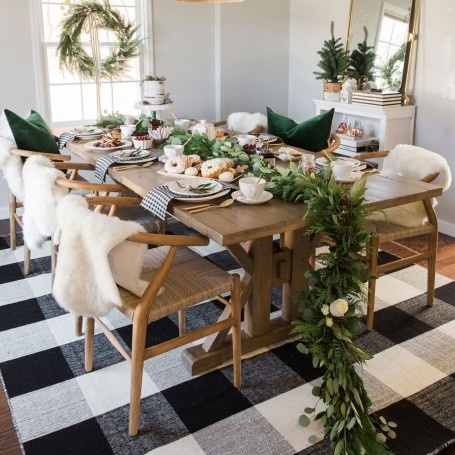 Forget dinner parties - here's how to throw a Christmas brunch