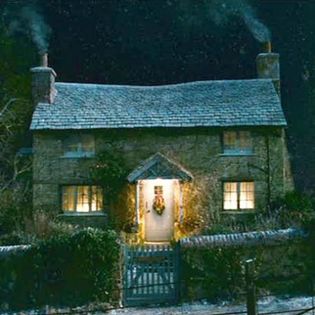 Cottage Movie : Holiday Film Set Sheer Surrey England ...
