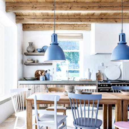 How to get the country look in a city kitchen