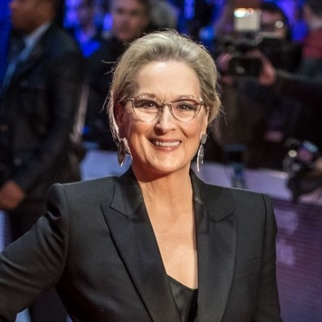 Meryl Streep again calls for Oprah to run for president