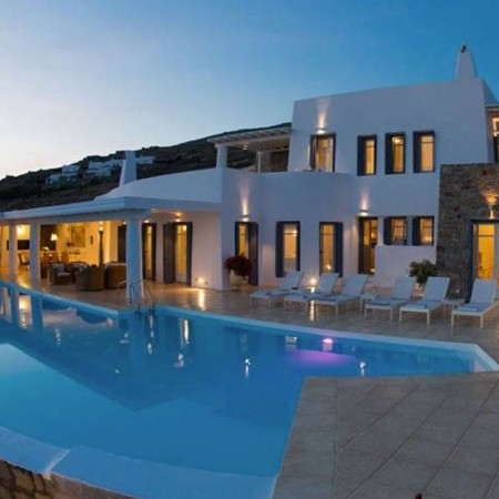 Facebook/ Dream Villa Mykonos