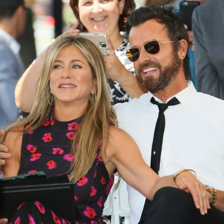 Jennifer Aniston and Justin Theroux announce that they are separating