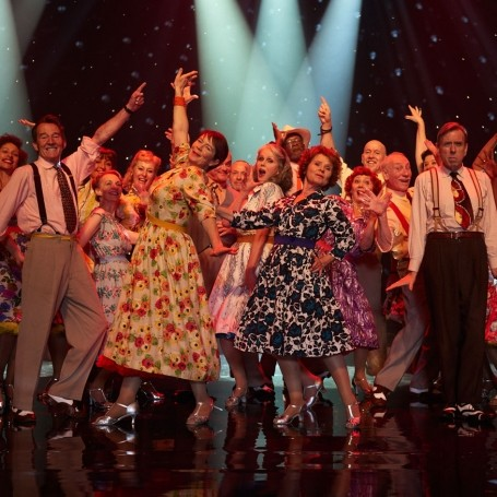 5 reasons you should try swing dance this year