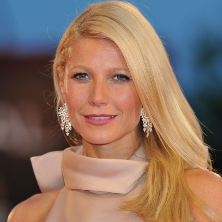 Gwyneth Paltrow shares rare picture of daughter Apple