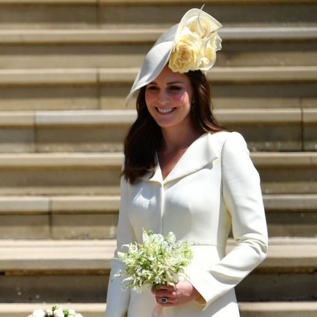 Is this the real reason Kate chose a pale yellow dress for the royal wedding?