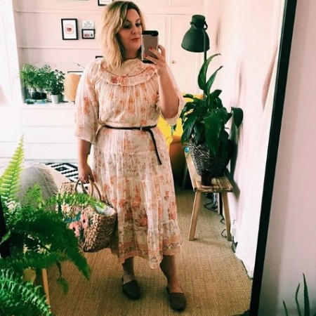Laura Jane Williams happiness - Instagram @superlativelylj