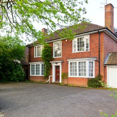 The 10 most sought-after property features in the UK, according to Zoopla
