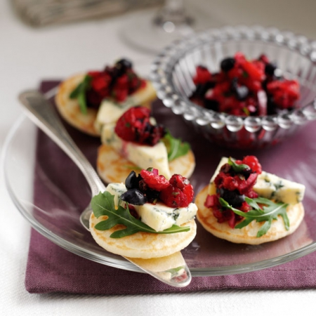 Blueberry and stilton blinis recipe red online for Vegetarian canape