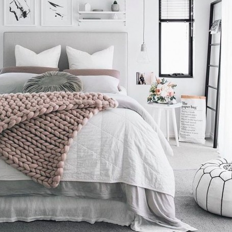 How To Create An All-white bedroom