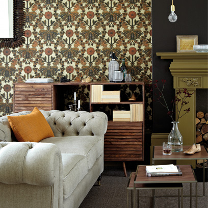 Living room wallpaper wallpaper red online for Brown wallpaper ideas for living room