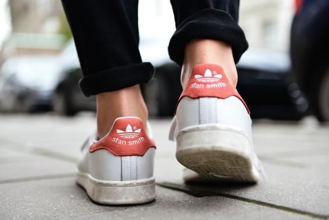 how to wear stan smiths
